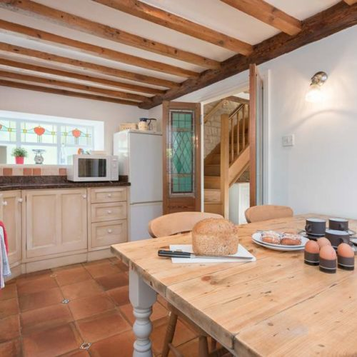 Farm Style Kitchen of Rental Holiday Cottage in Bath