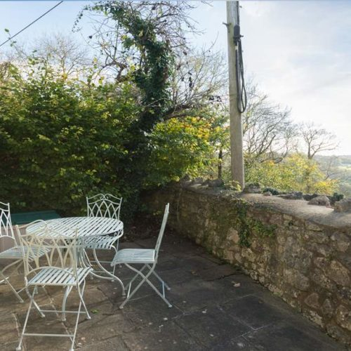 Patio Area of Rental Holiday Cottage in Bath
