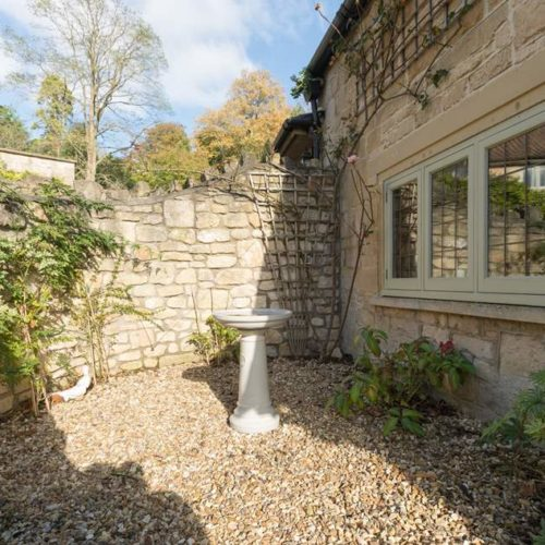 Exterior of Rental Holiday Cottage in Bath